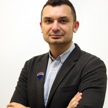 Julian Kasapi